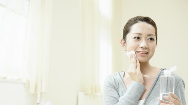 抗がん剤治療中の肌荒れトラブルを防ぐスキンケアポイント