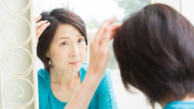 AGAとFAGA(女性男性型脱毛症)はどう違う?原因と対策まとめ